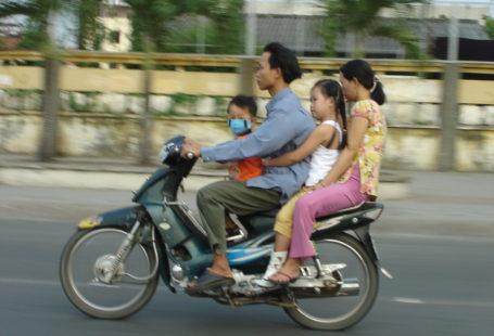 breastfeeding Viet Nam