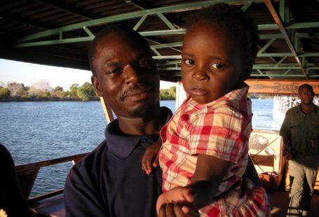 Zimbabwe fathers: no violence